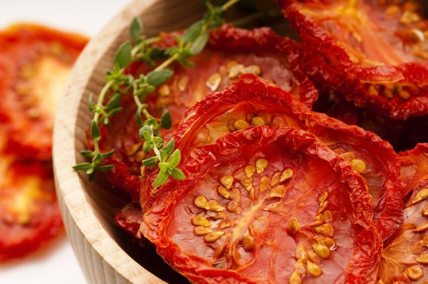 How to dehydrate tomatoes - simple step by step method