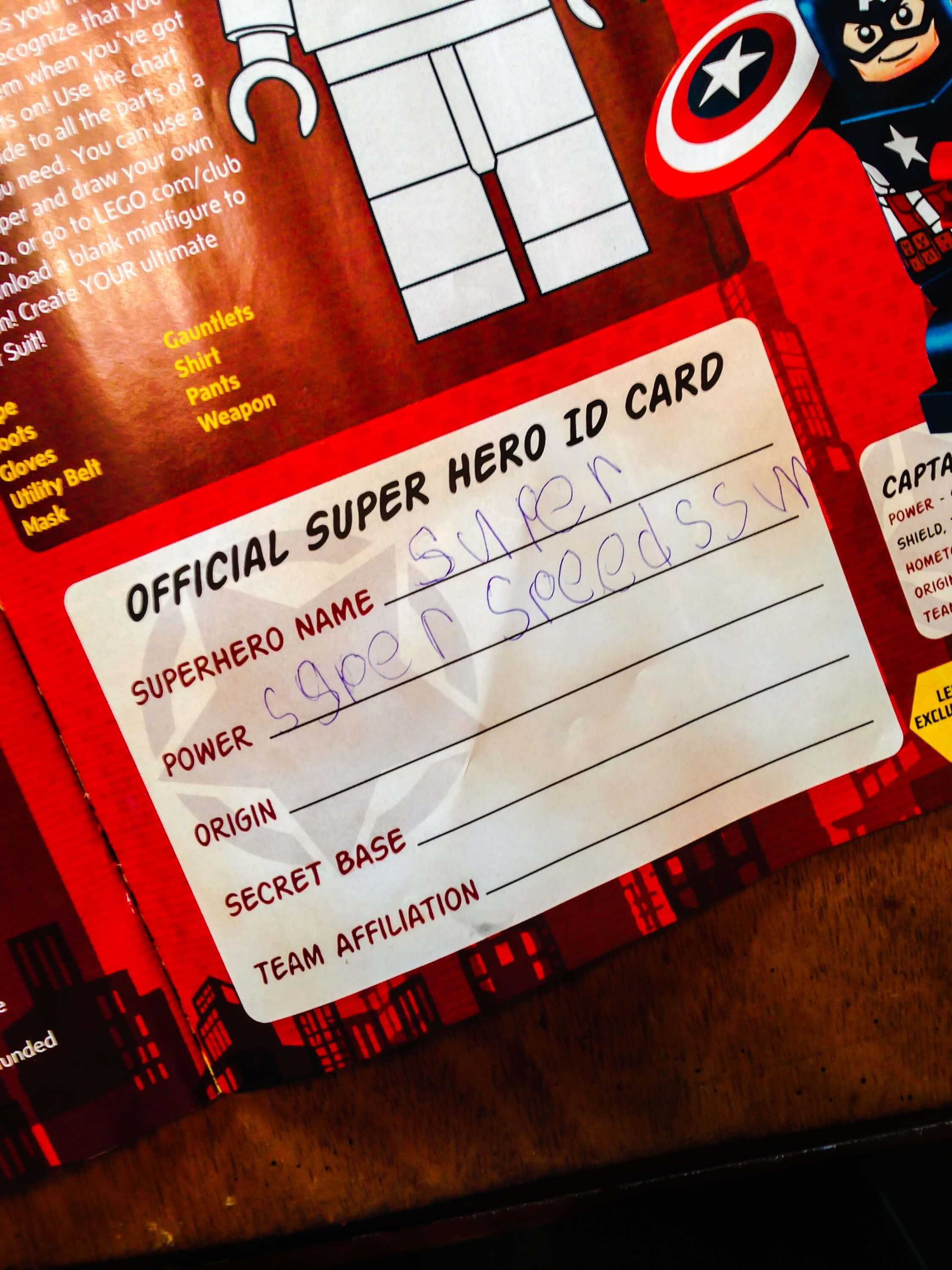 Free superhero printable - Superhero ID Card!